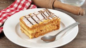 Amaretto Cream Napoleons Recipe